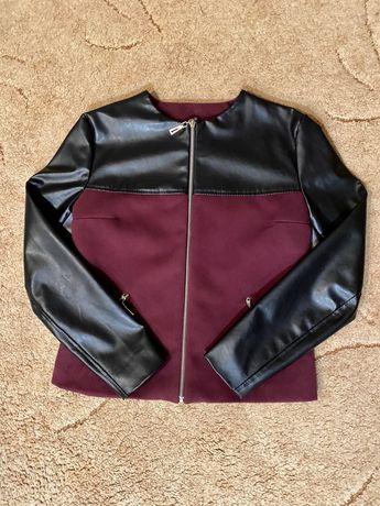 Курточка женская