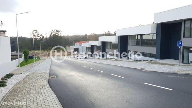 Armazéns Novos para Industria em Vila Frescainha São Pedro Barcelos