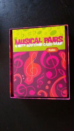 Jogo musical com cartas novo