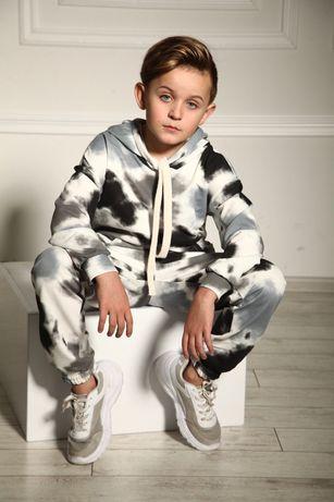 Костюм для мальчика ,костюм спортивный