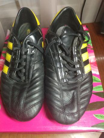 Бутсы.Футбольная обувь