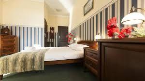 Zamieszkaj wygodnie w hotelu. Apartament z prywatną łazienką