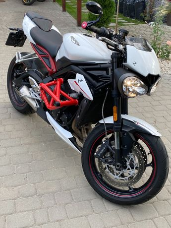 Motocykl Triumph Street Triple R