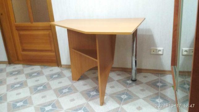 Кухонный стол, стол для кухни,  деревяный стол