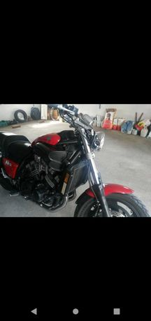 Yamaha Vmax Full power poucos Kms