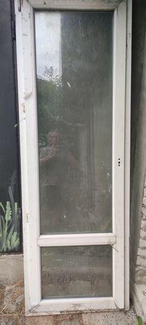 Металлопластикоаые двери и окно