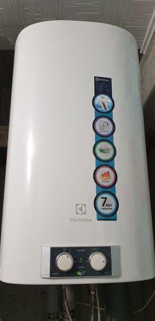 Водонагрівач (бойлер) Electrolux EWH 80 Formax