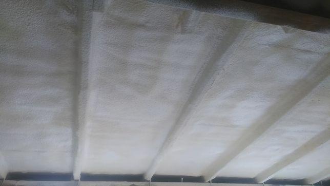 Утеплення мансарди, даху, піною поліуретановою (ППУ)