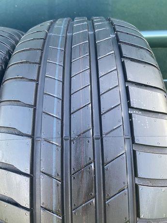 20 рік 215/55 R17 Bridgestone Turanza T005