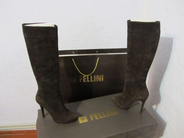 Продам женские сапоги FELLINI(Оригинал)