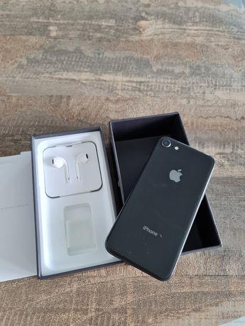 Iphone 8 на 64 gb