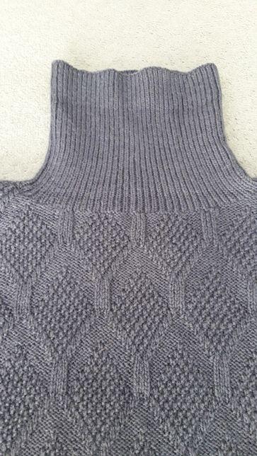 Ręcznie robiony swetr męski L