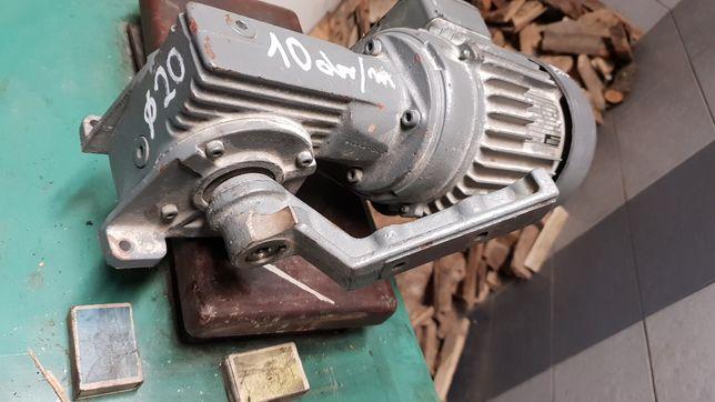 Motoreduktor  10 obr/ min