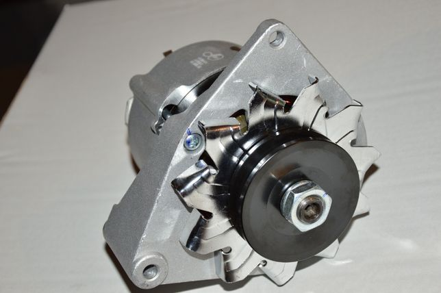 Alternator Case Deutz Renault Deutz Fahr Silniki D310,D239, D258, D206