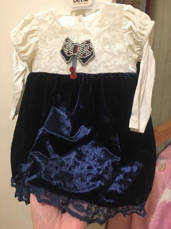 Нарядное платье на девочку 9 мес