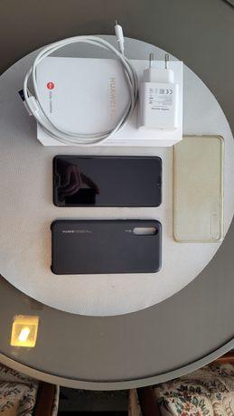 Huawei P20 niebieski
