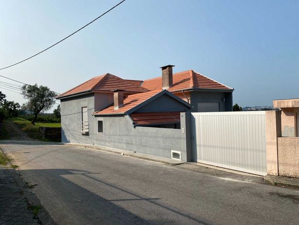Alugo Casa no Campo