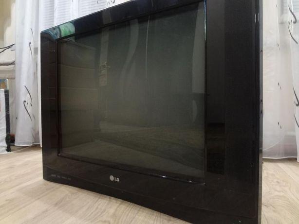 Большой стильный ультратонкий LG. HDMI HDTV Digital100Hz TruSurroundXT
