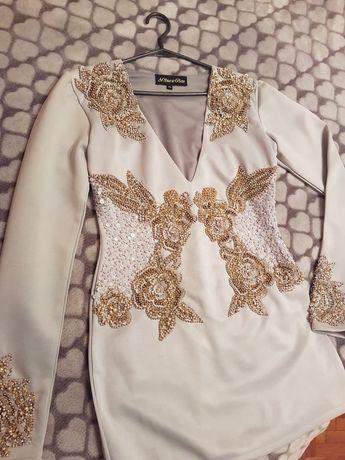 Krótka sukienka r. M