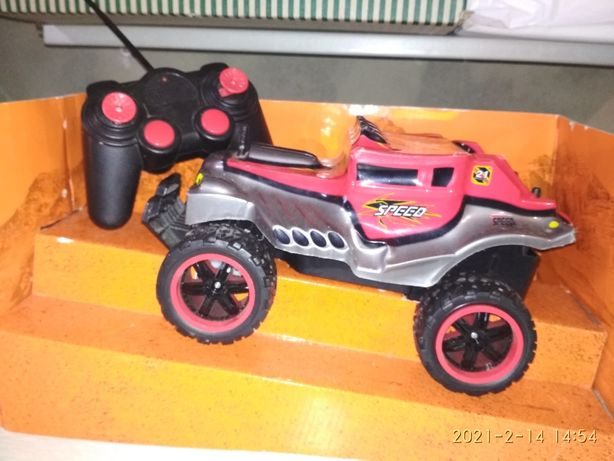 Машинка детская на батарейках