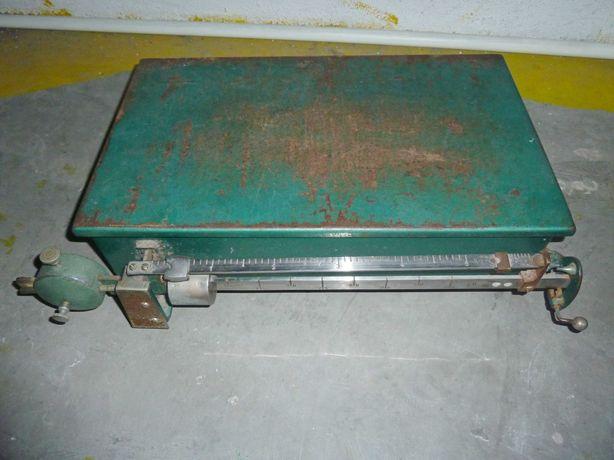 Balança industrial antiga (5 kg)