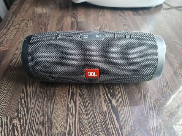 Głośnik bezprzewodowy JBL charge 3