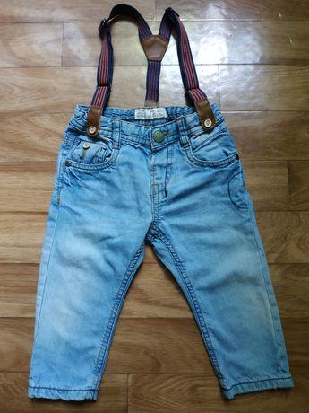 Стильные джинсы на подтяжках Zara