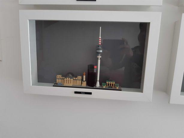 Moldura Kasseby Ikea (para fotografia ou expor objectos como LEGO)