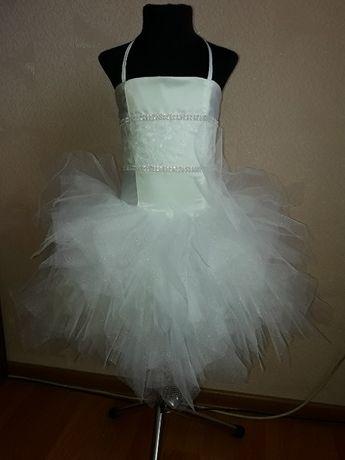 Белоснежное пышное платье снежинка