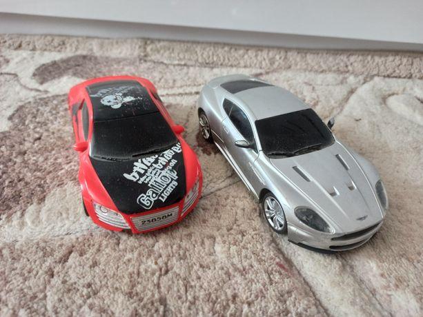 Машинки на пульті