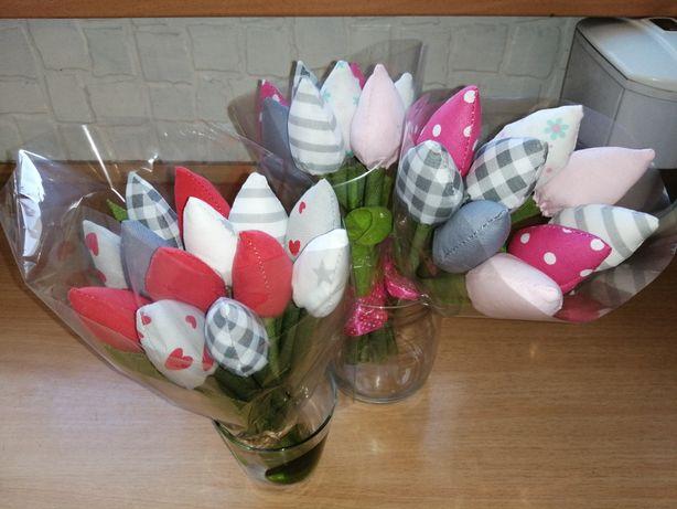 Tulipany wiosenne z bawelny