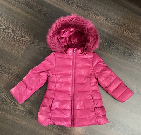 Куртка теплая пуховик фирмы Benetton.Размер 2-3 года ( 92 ) Zara