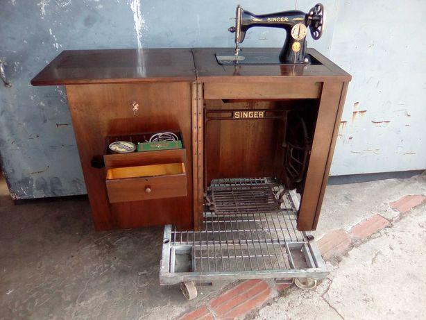 Maquina de costura antiga da Singer