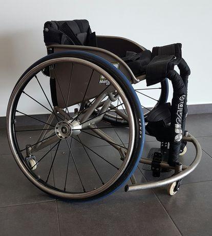 Cadeira de rodas desporto adaptado