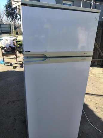 Продам двухкамерній холодильник НОРД
