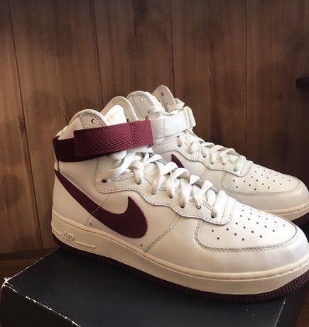 Nike Air Force High Retro QS