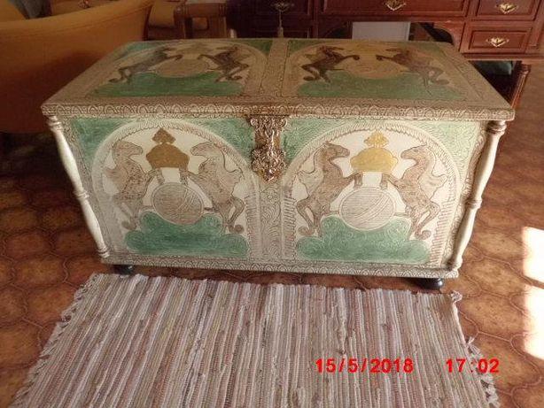 arca de madeira gravada policromada novo preço de ocasião esta semana