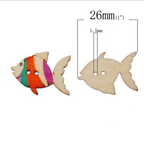 Botões peixinhos coloridos.