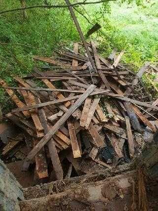 Stare drewno - odpad