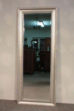 Stylowe Lustro w Srebrnej Ramie-134 x54 ze Szlifem