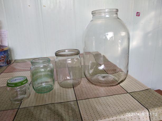 Продам банки стекло. 3л. 0,5 л.