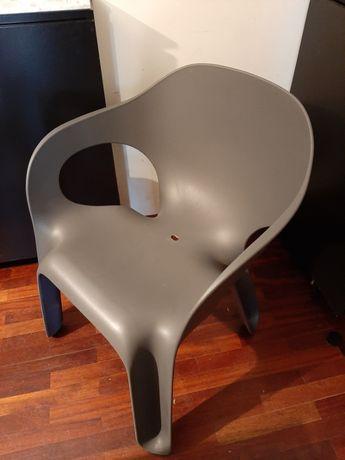 6 cadeiras Magis Easy Chair cinzentas, desenhadas por Jerszy Seymour