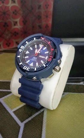 Zamienię zegarek za TV lub sprzedam