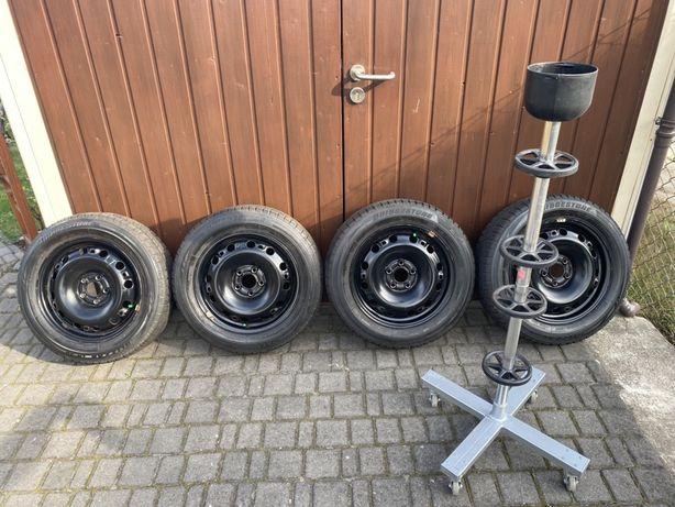 4x Bridgestone 185/60 R15 + stojak