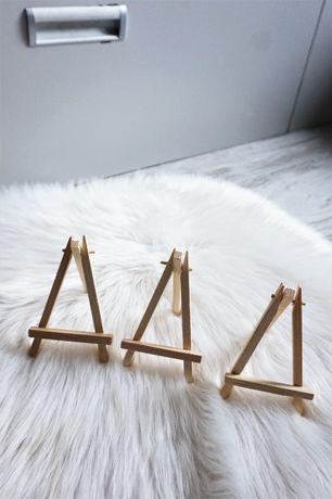 Action małe sztalugi mini winietki dekoracje ślubne wesele drewniane