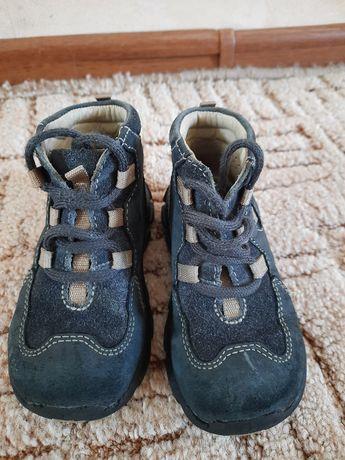 Ботинки на мальчика весна-осень