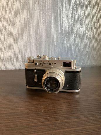 Sprzedam aparat Zorki 4
