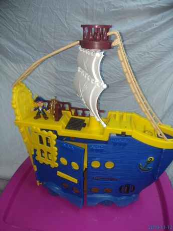 Barco Jake carros variados