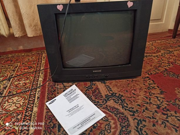 Продам телевізор на запчястини  або під відновлення