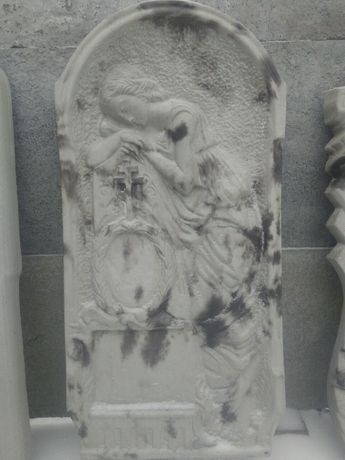 Памятники оградки плитка стол лавочки урны для мусора